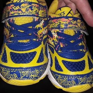 Toddler sz 5 EUC Asics sneakers Swim, Bike, Run